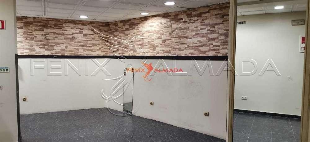 Almada Almada commercial picture 179674