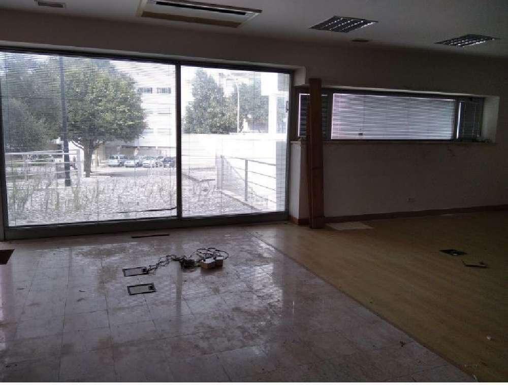 Barcarena Oeiras house picture 170618