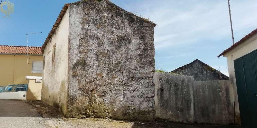 Sobral de Monte Agraço Sobral De Monte Agraço terrain photo 177944