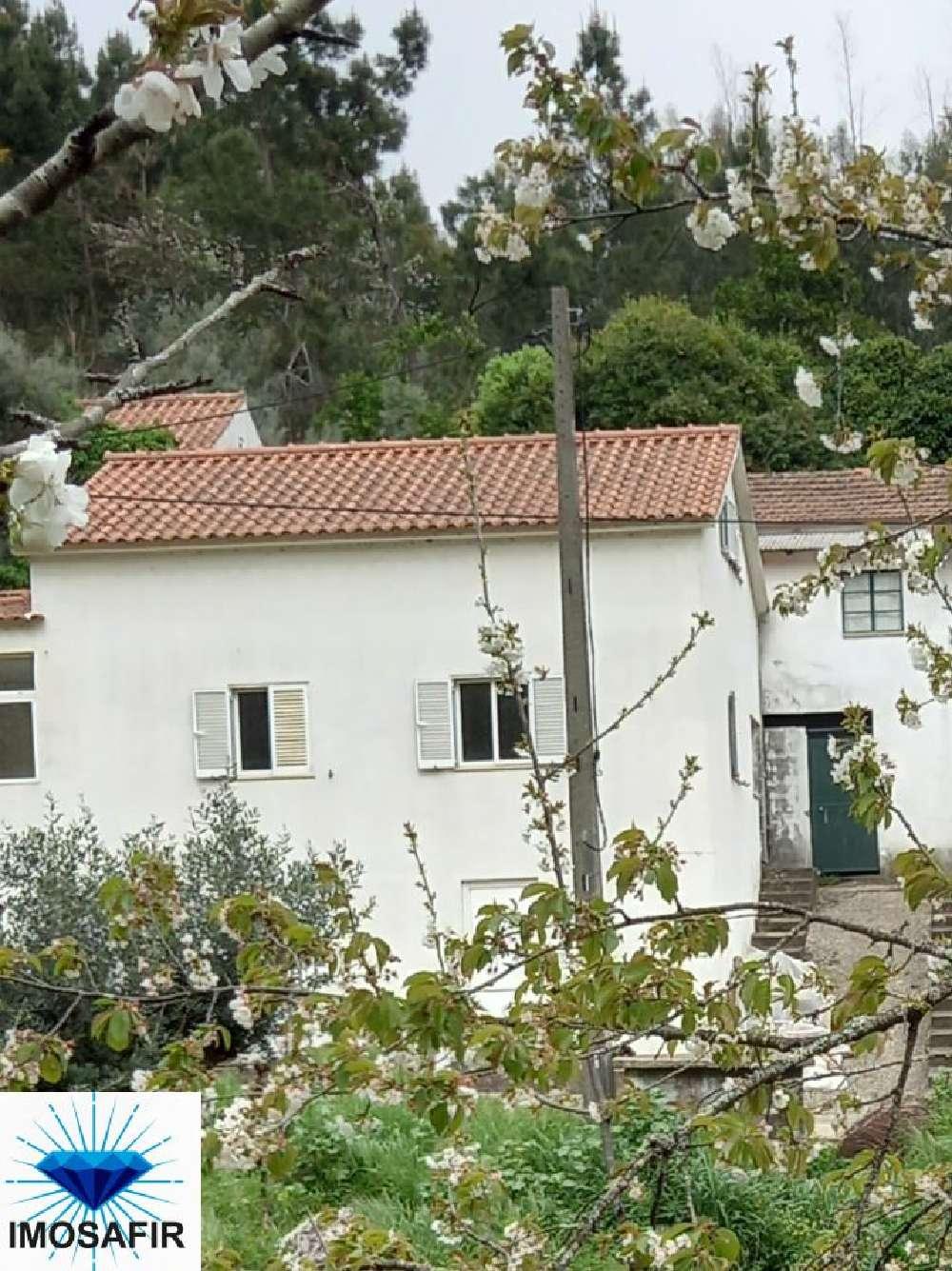 Arega Figueiró Dos Vinhos 屋 照片 #request.properties.id#