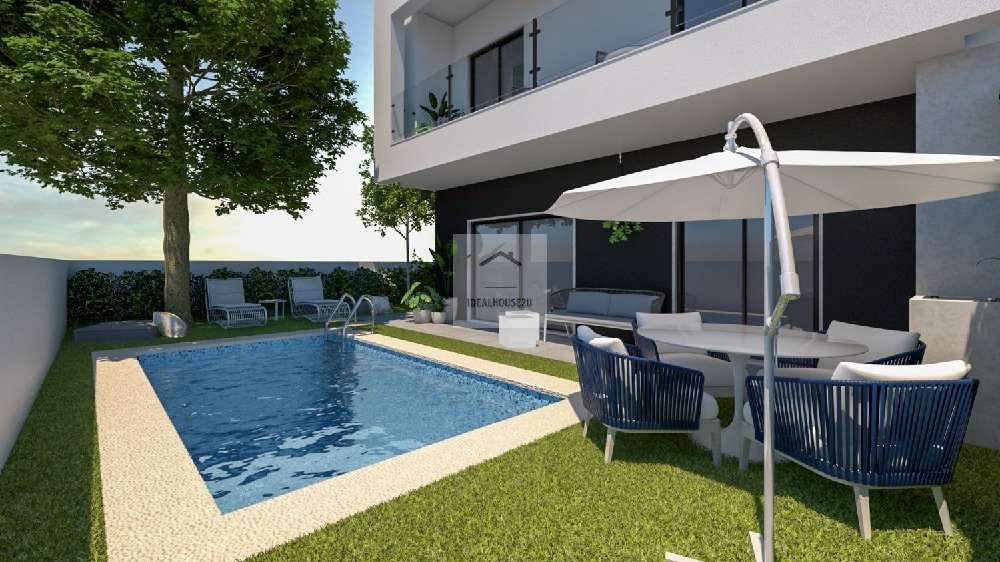 Almada Almada villa picture 194667