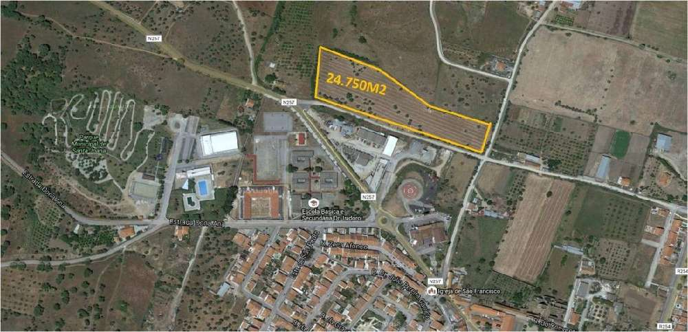 Viana do Alentejo Viana Do Alentejo 土地 照片 #request.properties.id#