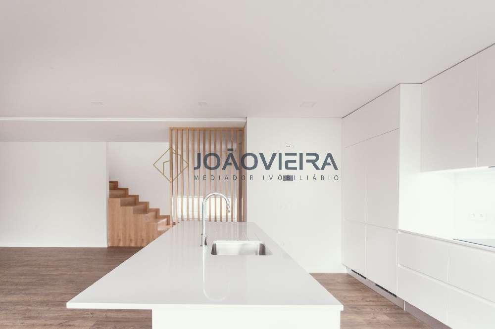 köpa hus Feital Aveiro 1