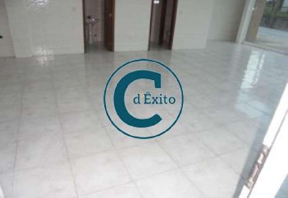 Paredes Amarante commercial picture 192145