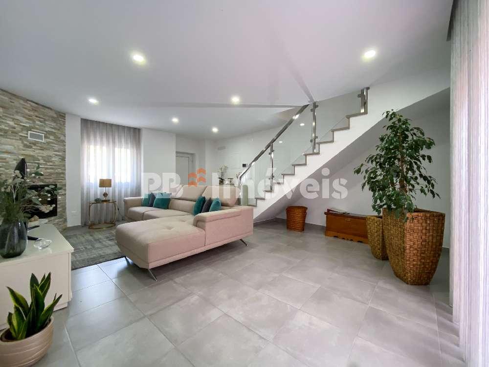 Vila Nova da Barquinha Vila Nova Da Barquinha 屋 照片 #request.properties.id#
