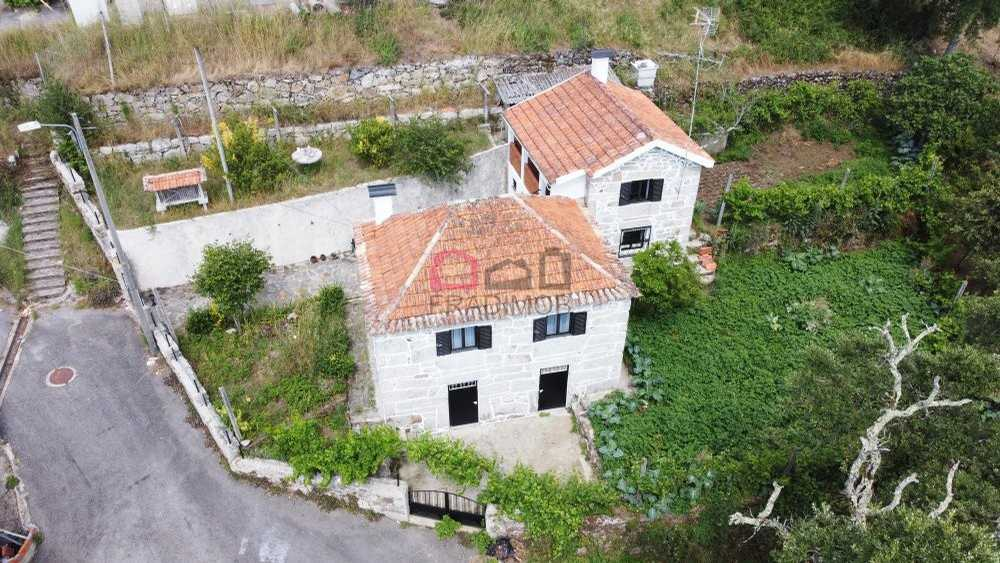 Santa Comba Dão Santa Comba Dão 屋 照片 #request.properties.id#