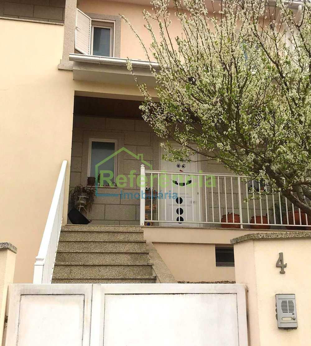 Vilar de Nantes Chaves 屋 照片 #request.properties.id#