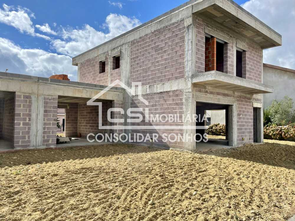 Eirol Aveiro 屋 照片 #request.properties.id#
