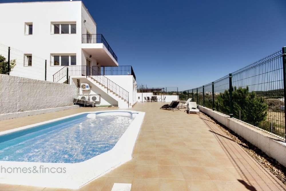 Monte Amarante 别墅 照片 #request.properties.id#