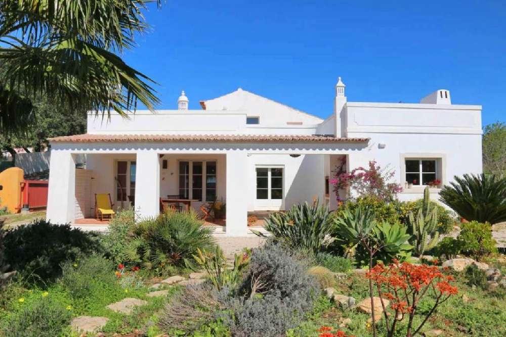 Porches Lagoa (Algarve) 别墅 照片 #request.properties.id#